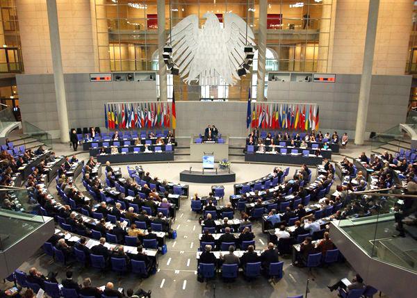 Il nuovo Bundestag, 2013 (www.amt-neuhaus.de)