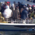 Italia, trent'anni di immigrazione e inerzia politica